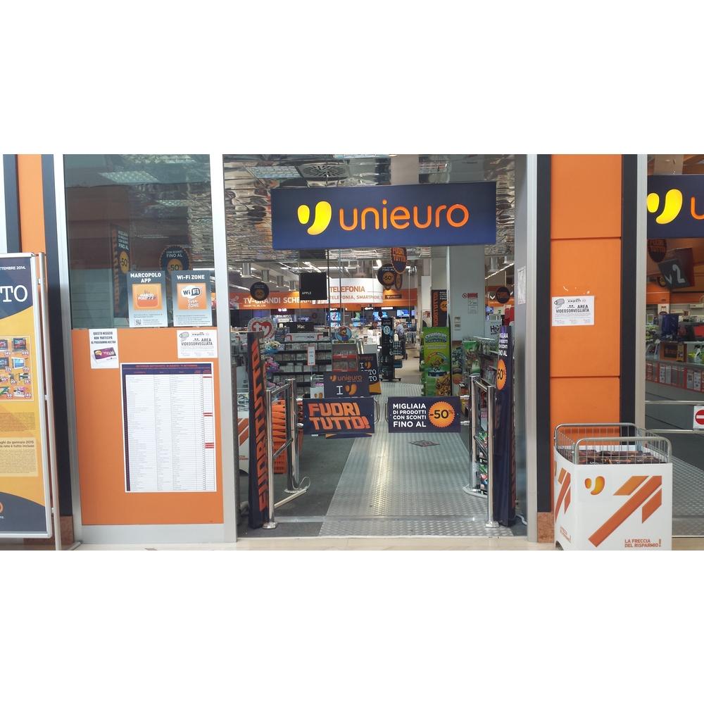 hot sale online 54d18 e7555 Negozio Unieuro Bari - viale Pasteur: orari e indirizzo